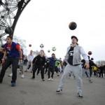 Freestyle Football performers flash mob - Eifle Tower