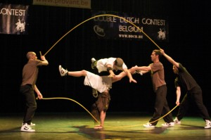 Acrobatic Double Dutch skippers