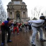 In Synchronization - Football player flashmob