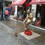 Optical illusion human statue
