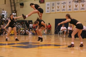 Acrobatic female double dutch skippers