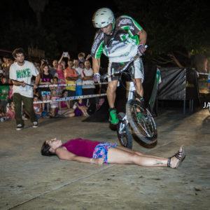 Mountain Bike Stunt SHOW