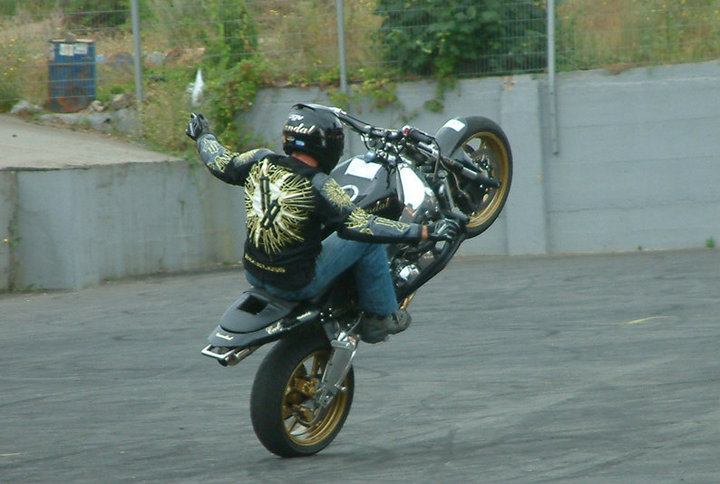 Freestyle Motorbike rider entertainment t