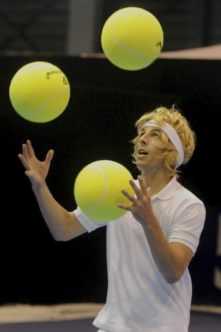 Tennis Ball Juggler