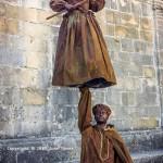 Human still floating statues