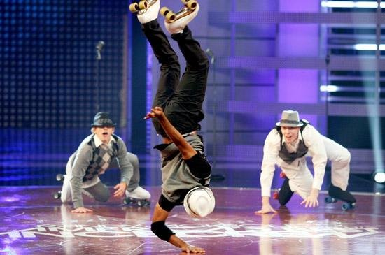 Roller skaters for corporate events