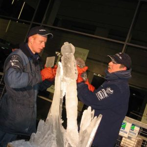 Ice sculptors for corporate events