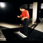 Juggling Pianist