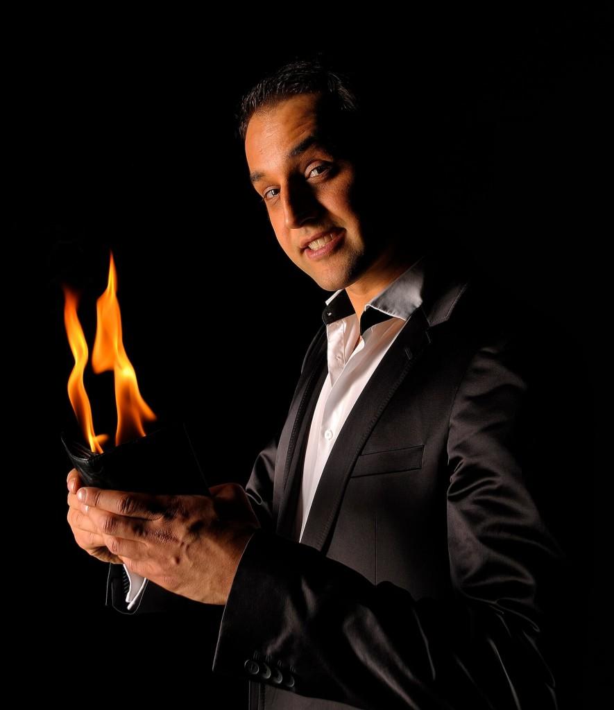 Magic Performer in Dubai, UAE
