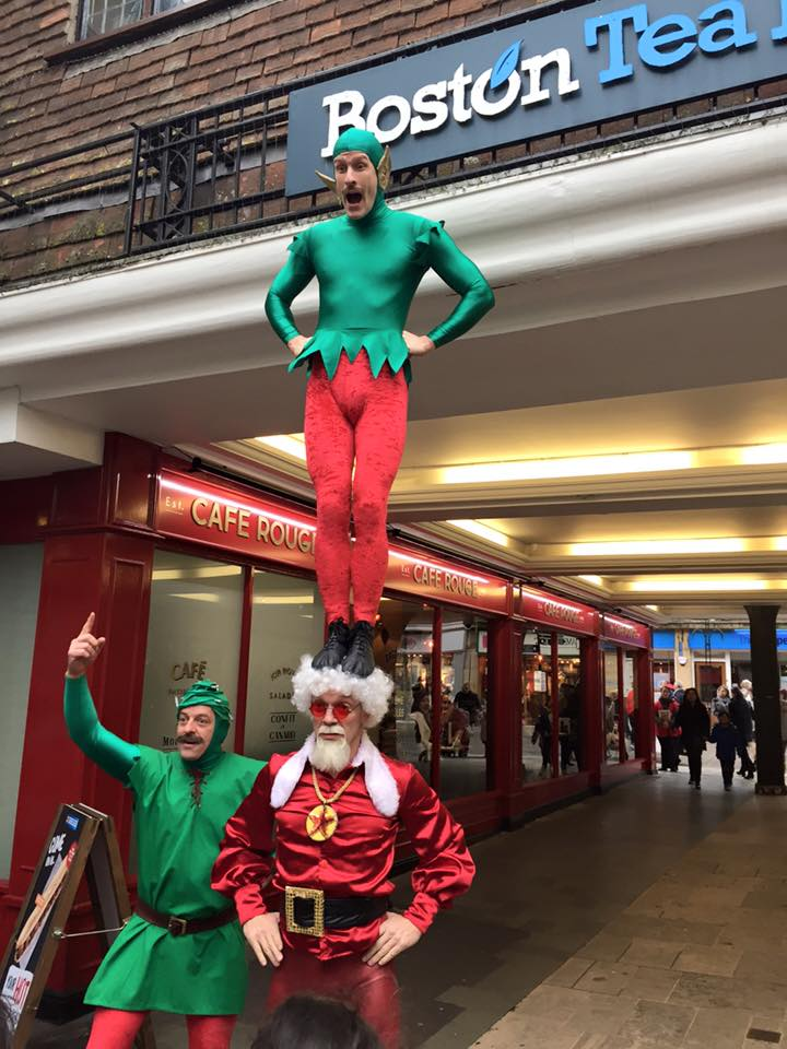 Chistmas Acrobats