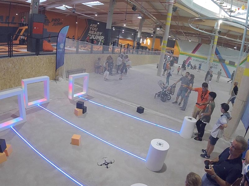 Drone-flying-experience-at-events