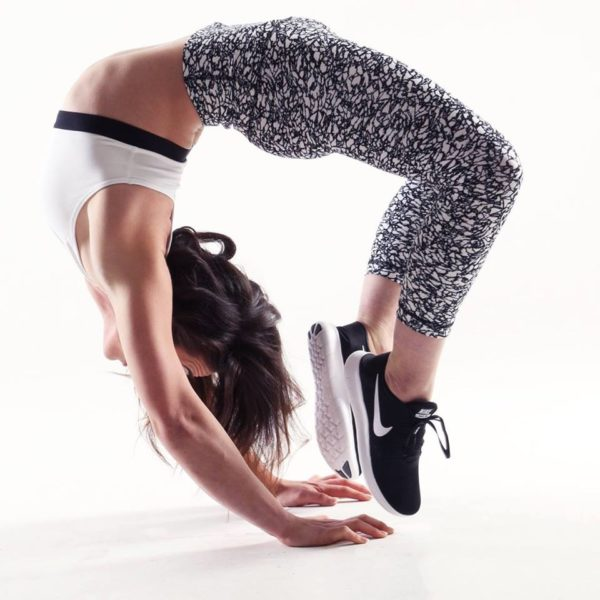 Acrobatic contortionist performer
