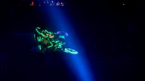 LED stunt bikers