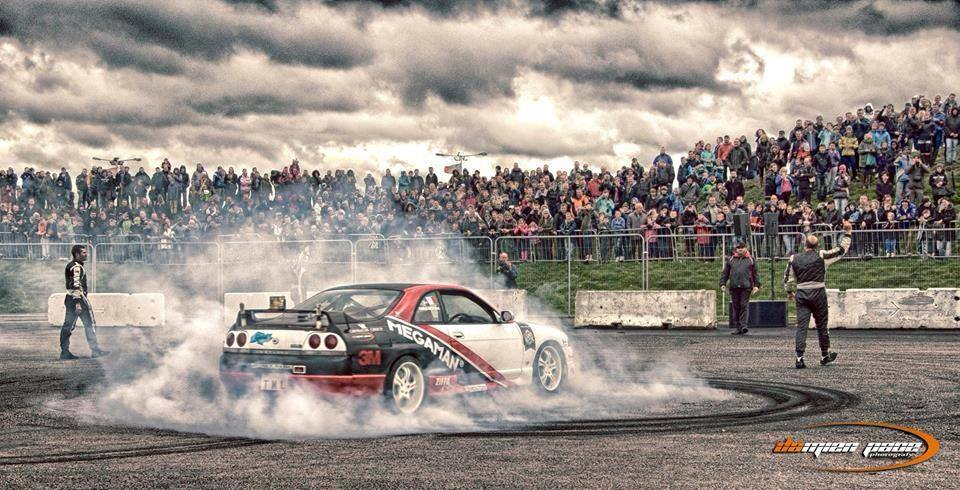 Car Stunt PERFORMERS for Exhibition EVENTS