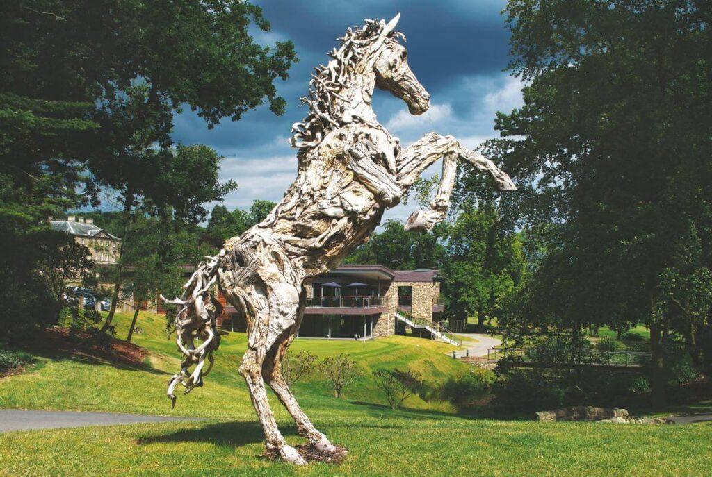 Drift wood horse sculpture for gardens