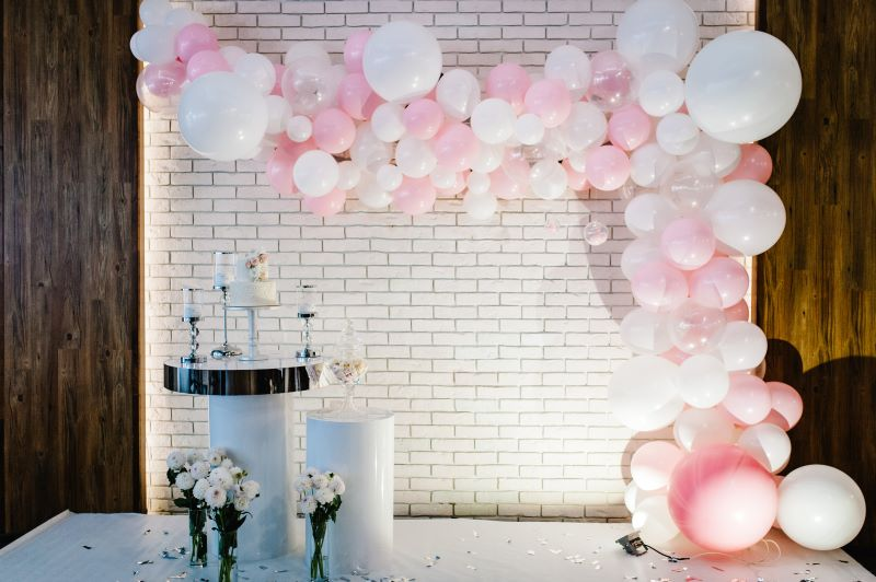 80th birthday party balloon decoration in LONDON