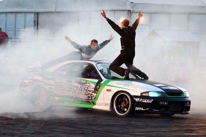 Stunt performers for LIVE events